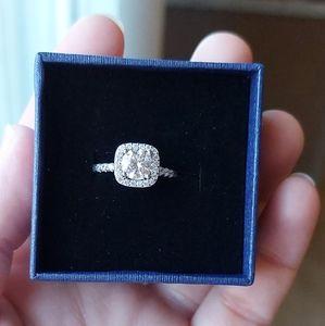 1 Carat Moissanite Ring